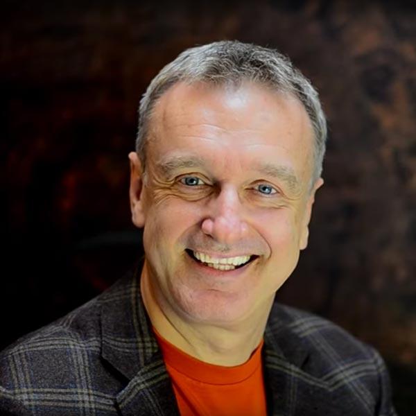 Chris Mulzer Trainer für NLP und Hypnose